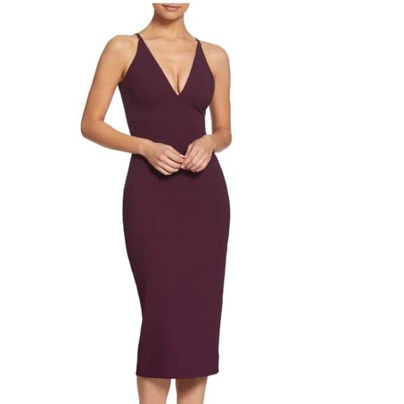 4320fcc229f Dress the Population Dresses   Skirts - Dress the Population Lyla Crepe  Sheath Dress